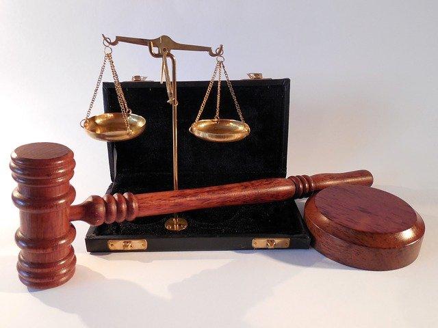 W czym umie nam wspomóc radca prawny? W których kwestiach i w jakich sferach prawa pomoże nam radca prawny?